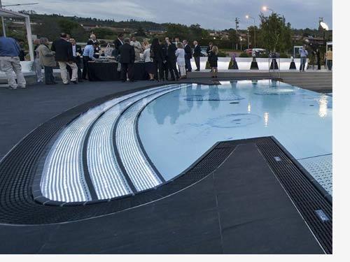 Abc coperture costruzione e vendita piscine interrate a for Castiglione piscine